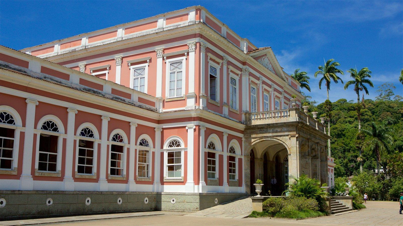 Museu Imperial mostrando cenas de rua