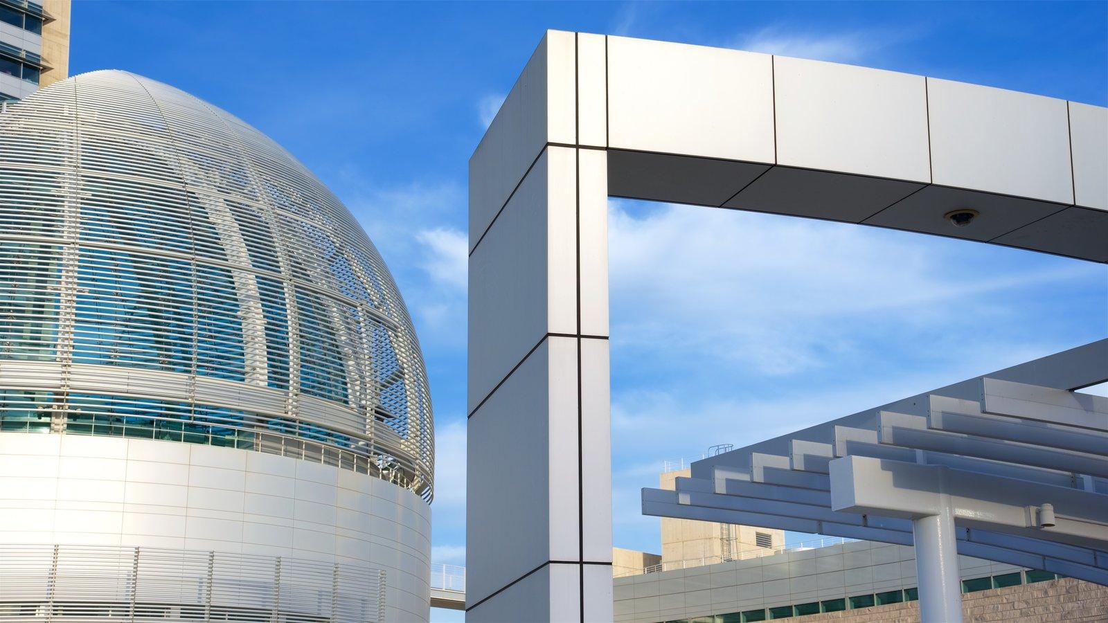 Bay Area mostrando arquitetura moderna