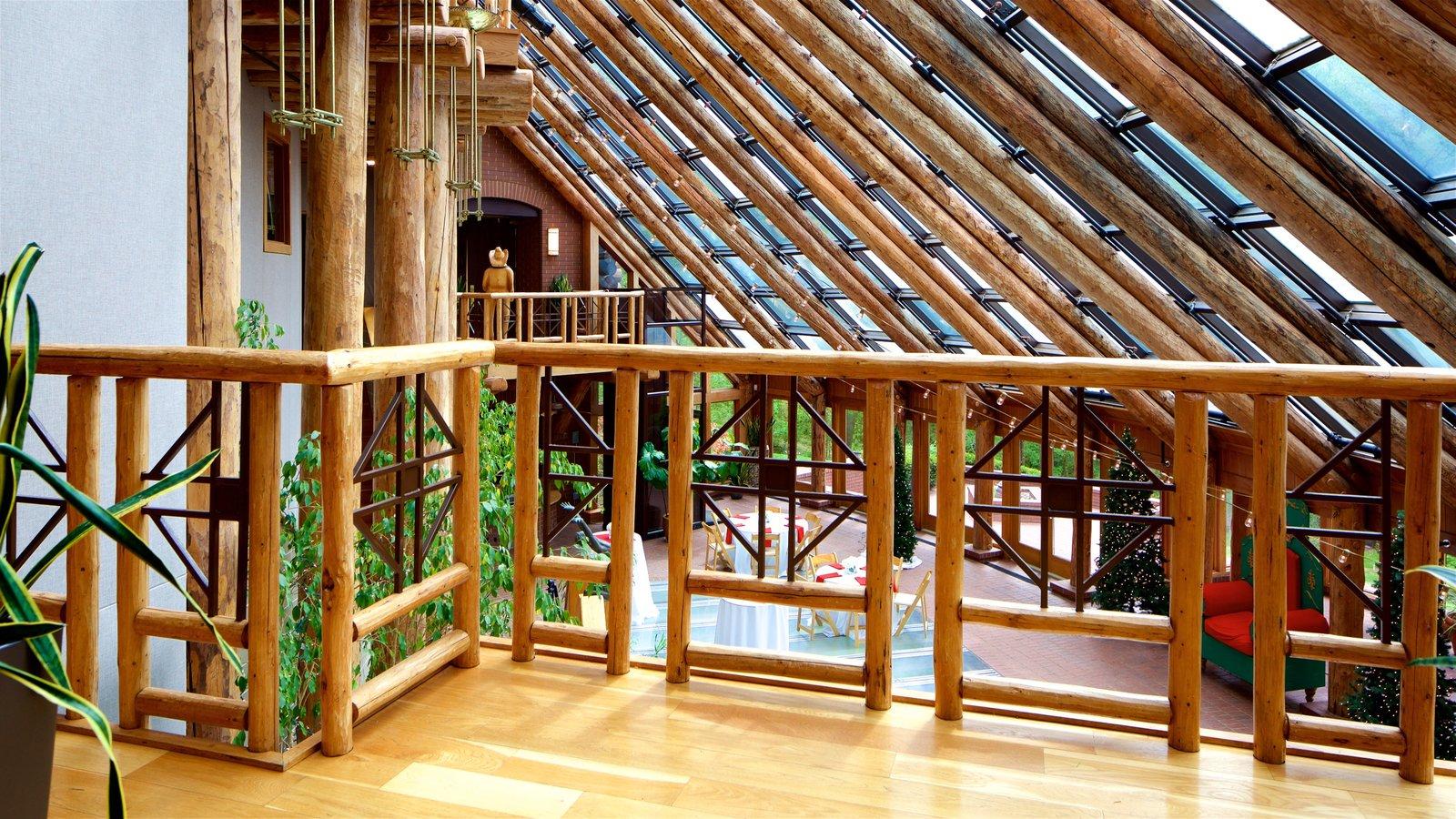 Mansión Fontanel que incluye vistas interiores y arquitectura moderna