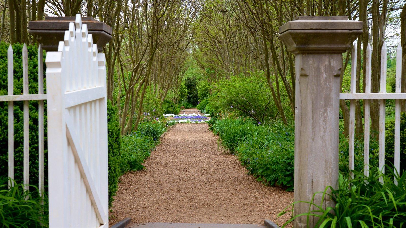 The Hermitage que incluye un parque