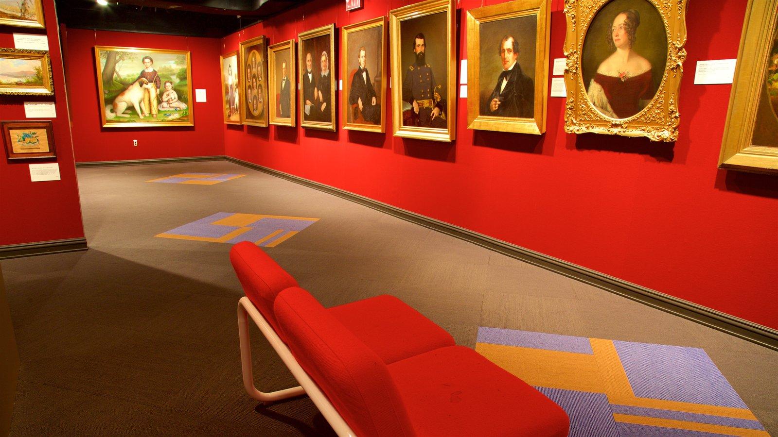 Tennessee State Museum ofreciendo vistas interiores y arte