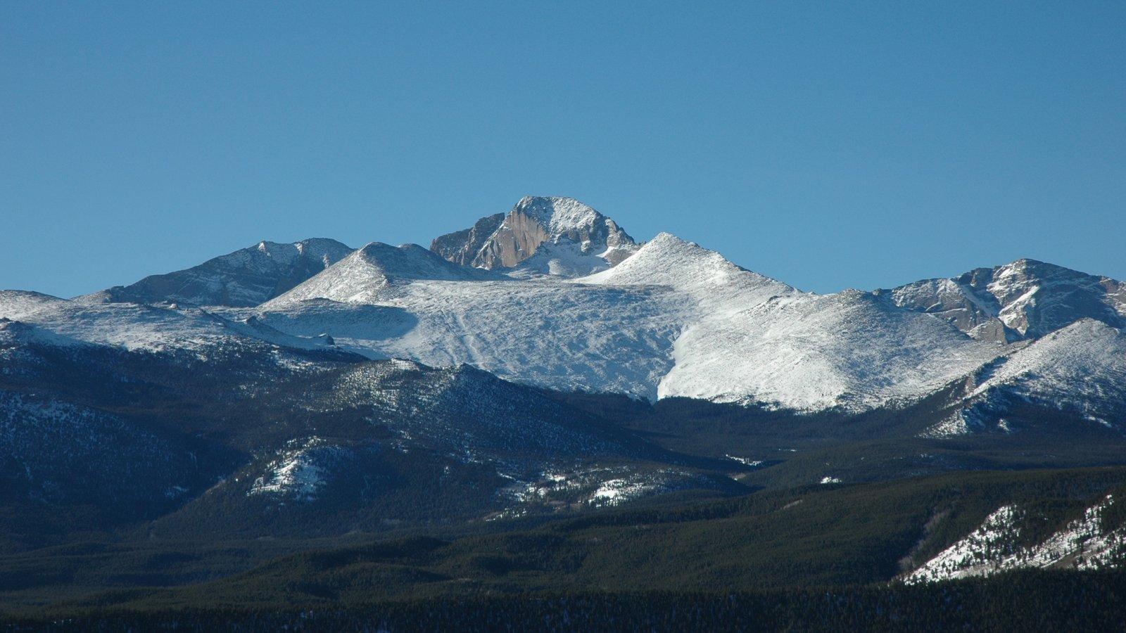 Rocky Mountain National Park que inclui neve, cenas tranquilas e montanhas
