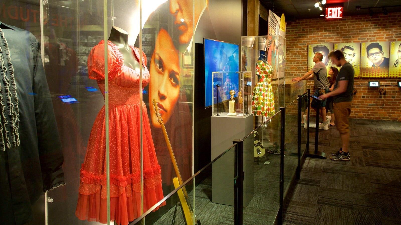 Museo Johnny Cash mostrando vistas interiores