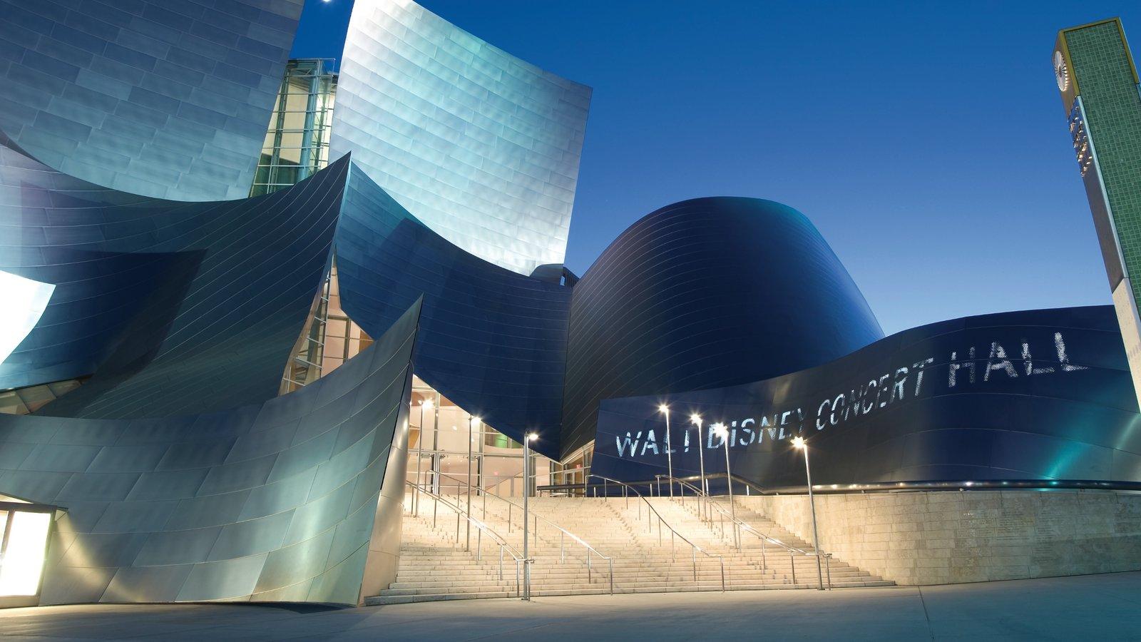 Los Ángeles mostrando arquitectura moderna, una ciudad y dfc