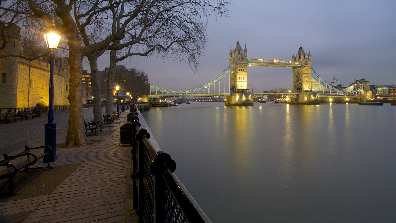 Tower Bridge which includes a monument, a bridge and heritage architecture