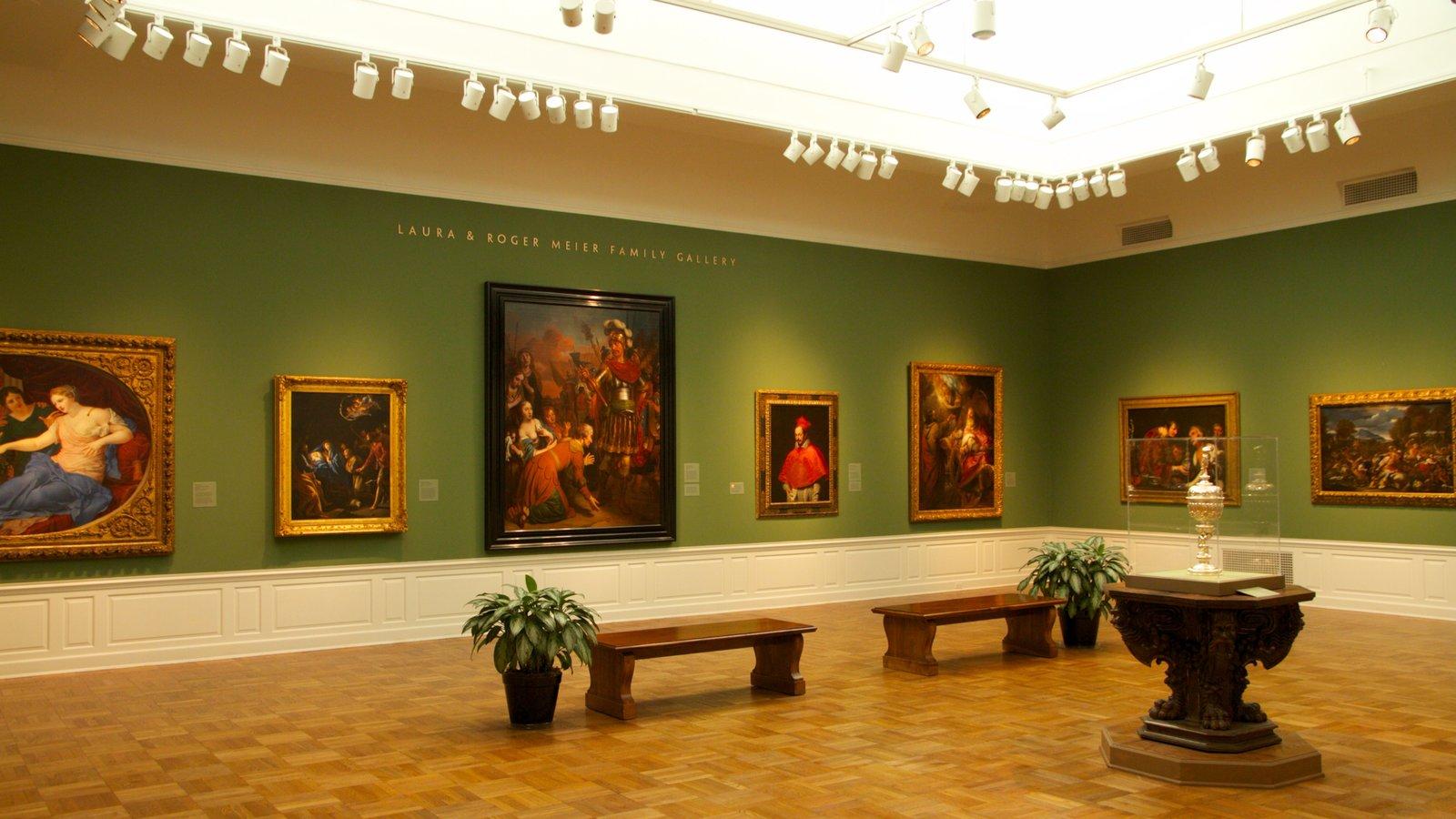 Portland Art Museum ofreciendo vistas interiores y arte