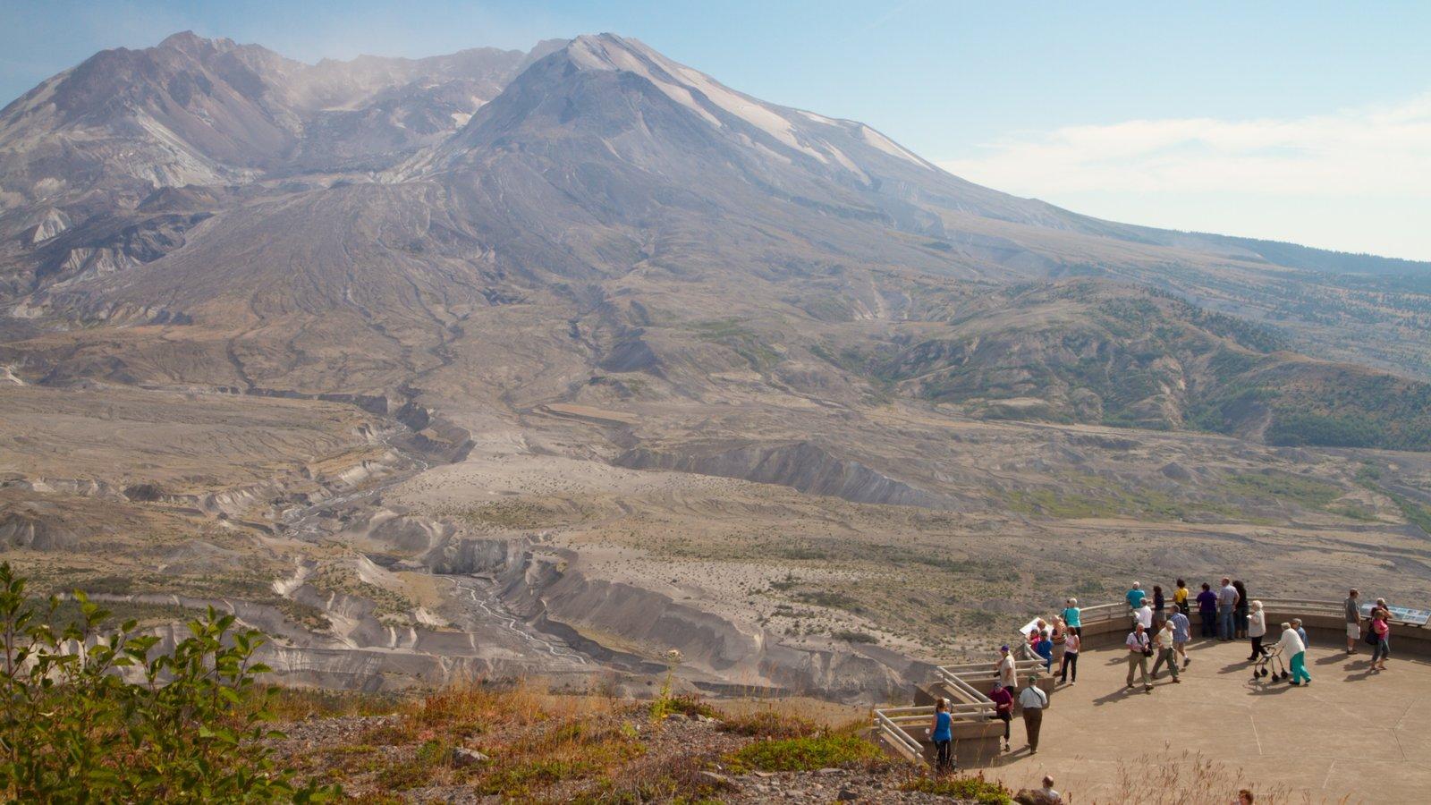 Monte Santa Elena que incluye montañas, vistas y vistas de paisajes