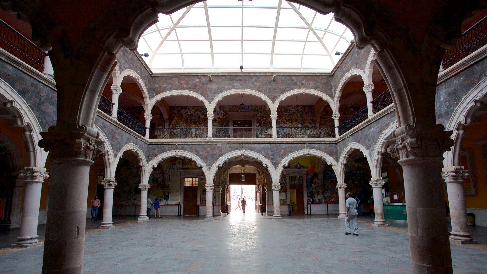 Palácio do Governo de Aguascalientes mostrando vistas internas e arquitetura de patrimônio