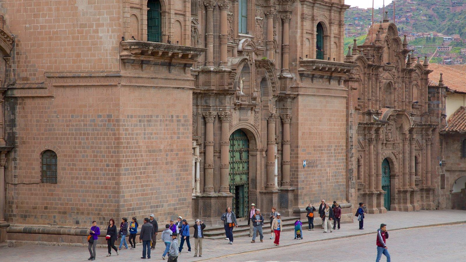 Plaza de Armas mostrando arquitetura de patrimônio