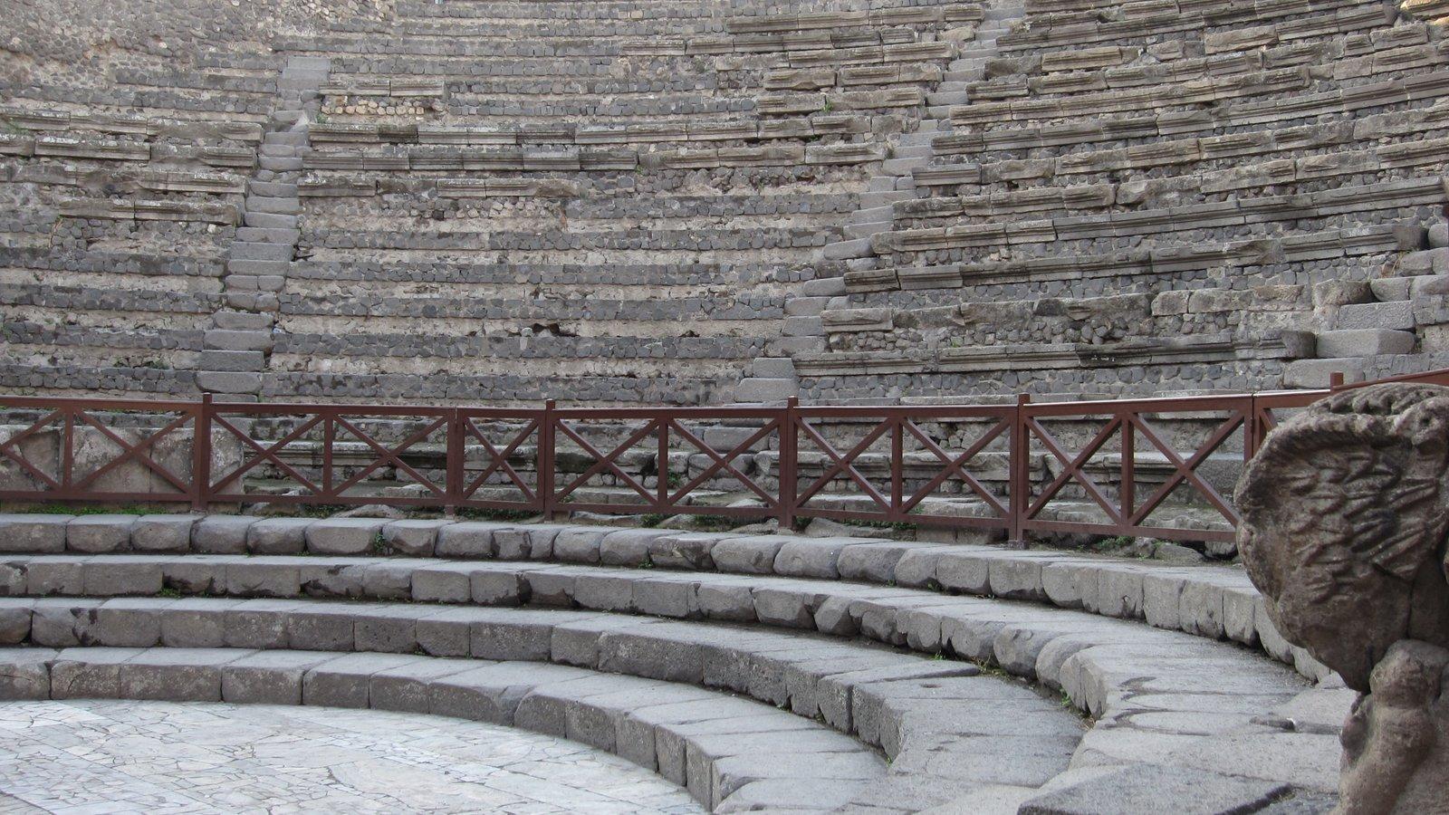 Mount Vesuvius - Pompei which includes heritage elements, a ruin and theater scenes