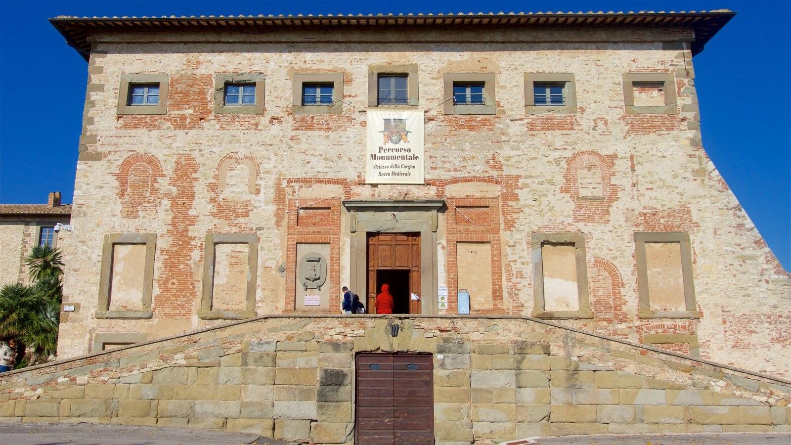 Castiglione del Lago featuring heritage elements and a castle