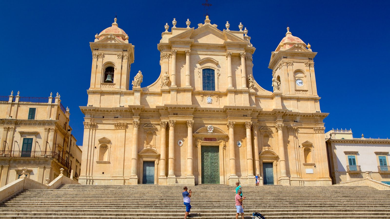Cathedral of Noto which includes a church or cathedral and heritage architecture