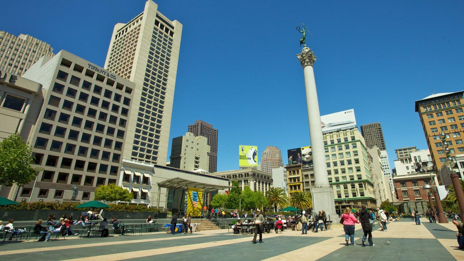 São Francisco mostrando uma cidade, uma praça ou plaza e um edifício