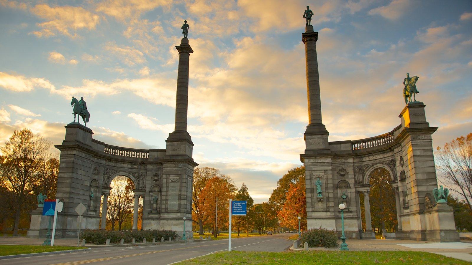 Filadelfia que incluye una estatua o escultura, un monumento y patrimonio de arquitectura