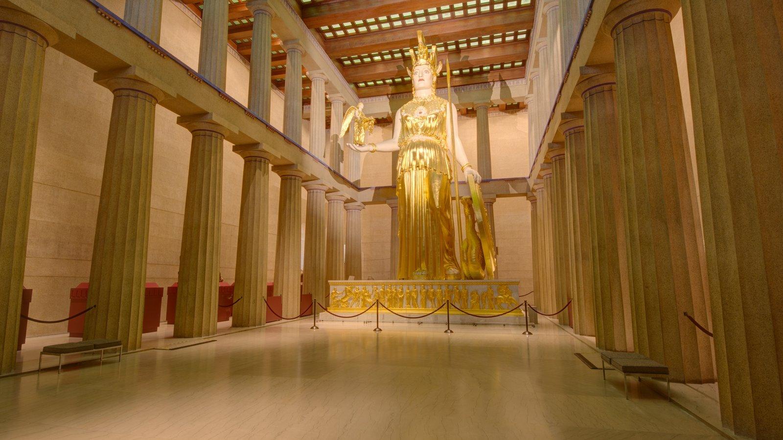 Parthenon mostrando vistas interiores, una estatua o escultura y un monumento
