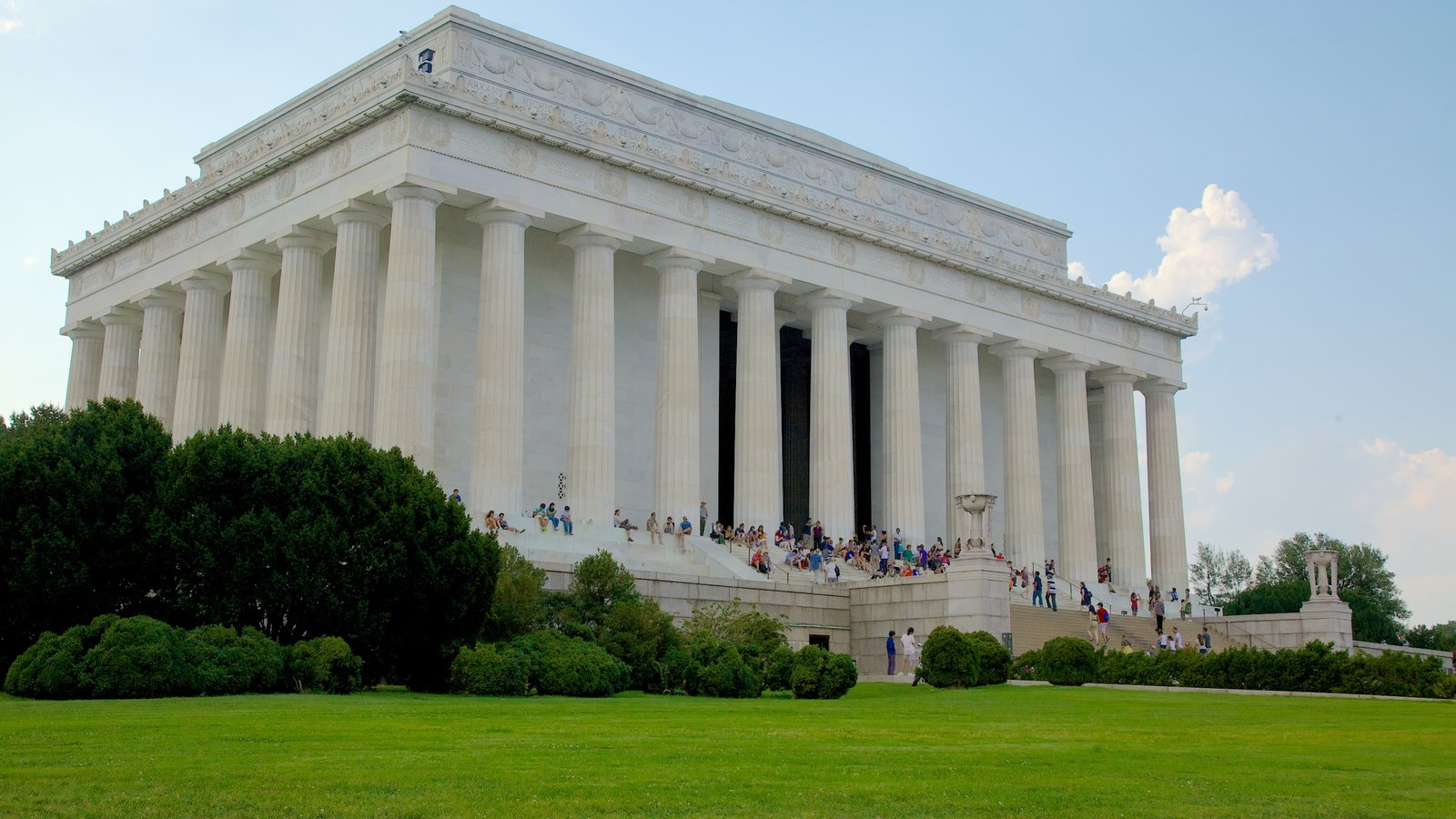 lincoln memorial pictures: view photos & images of lincoln memorial