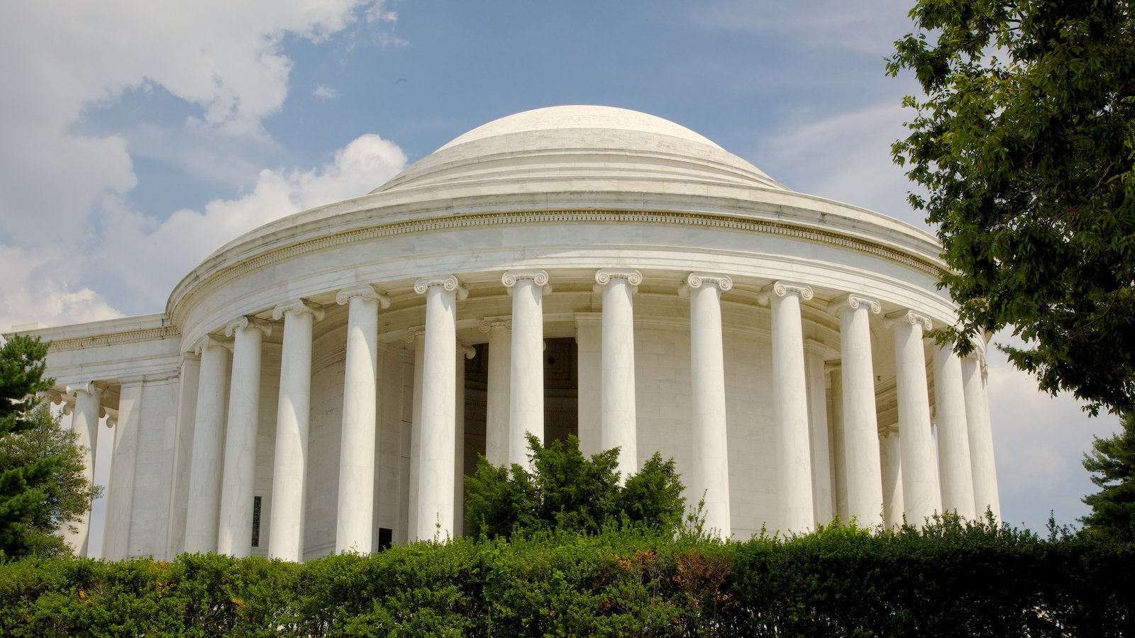 Jefferson Memorial caracterizando um memorial