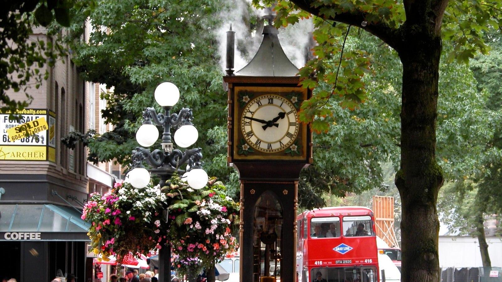 Gastown mostrando flores, uma cidade e cenas de rua
