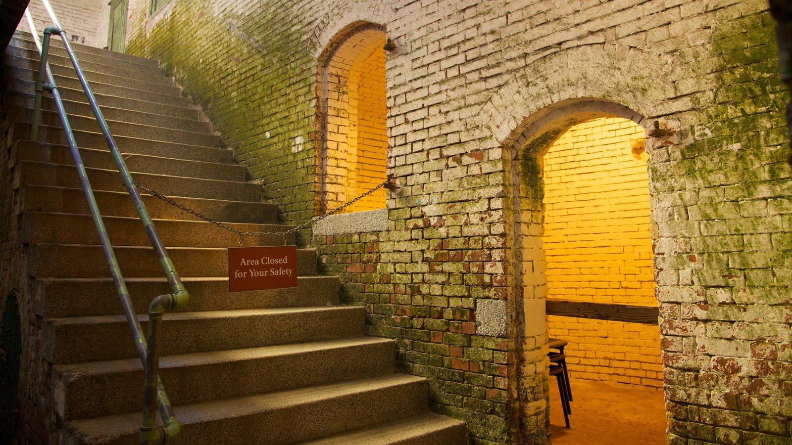 Alcatraz Island caracterizando arquitetura de patrimônio