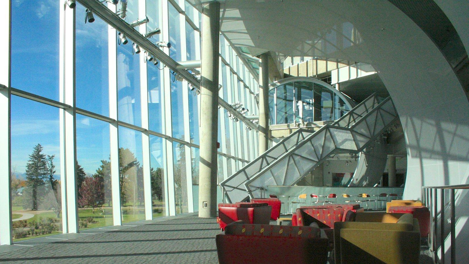 Denver Museum of Nature and Science que inclui vistas internas