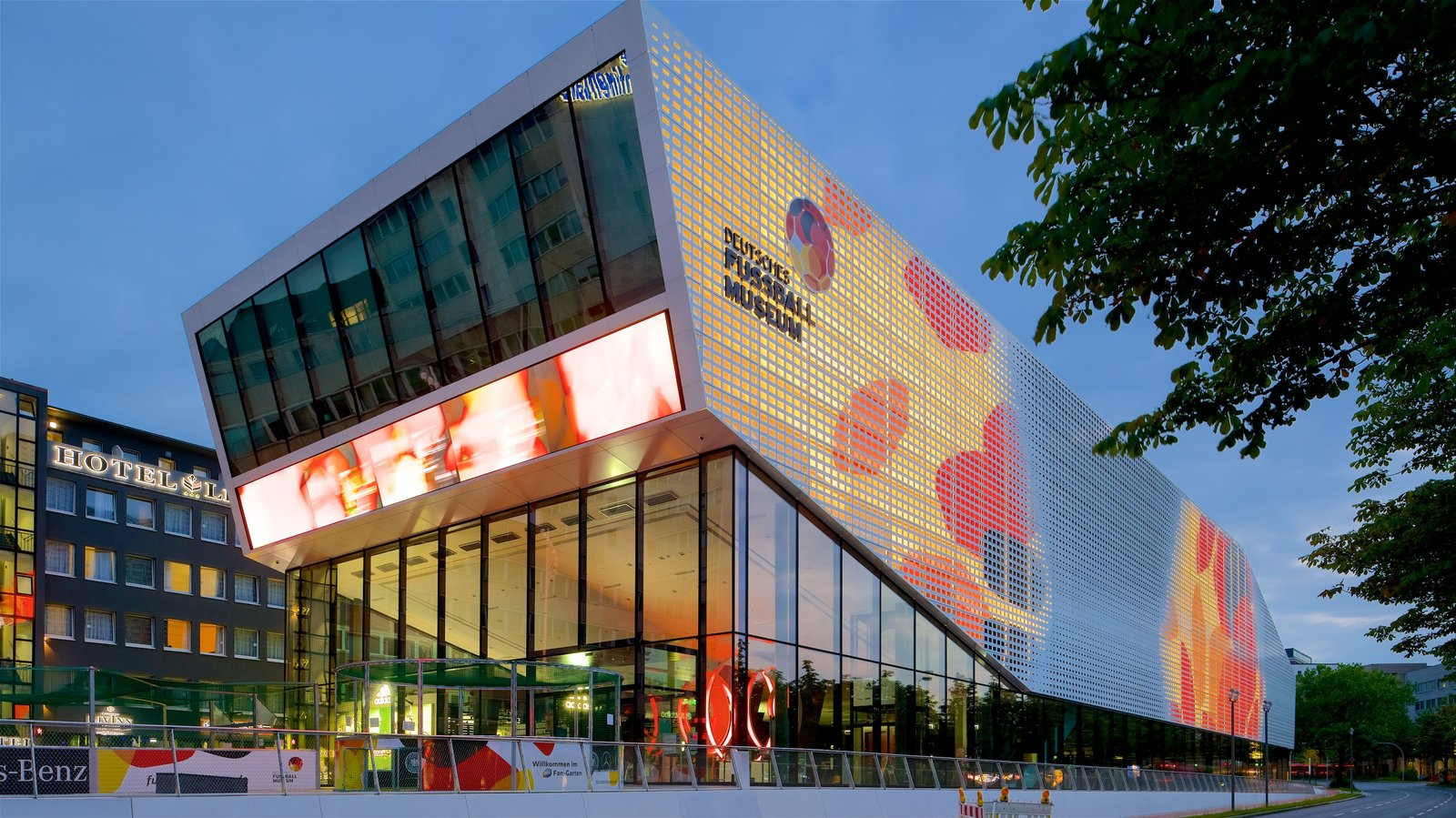 Modern Architecture Museum modern architecture pictures: view images of dortmund