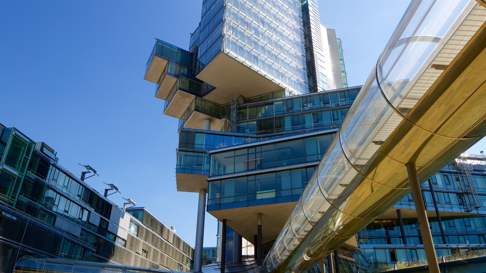 Lower Saxony - Bremen featuring a city and modern architecture