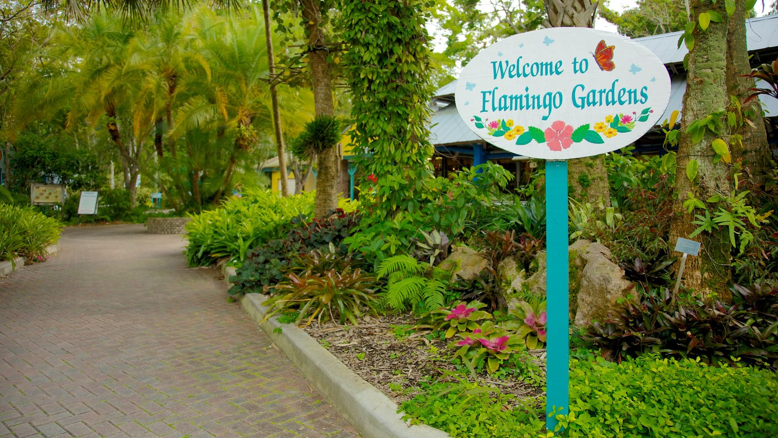 Flamingo Gardens which includes a park, signage and landscape views
