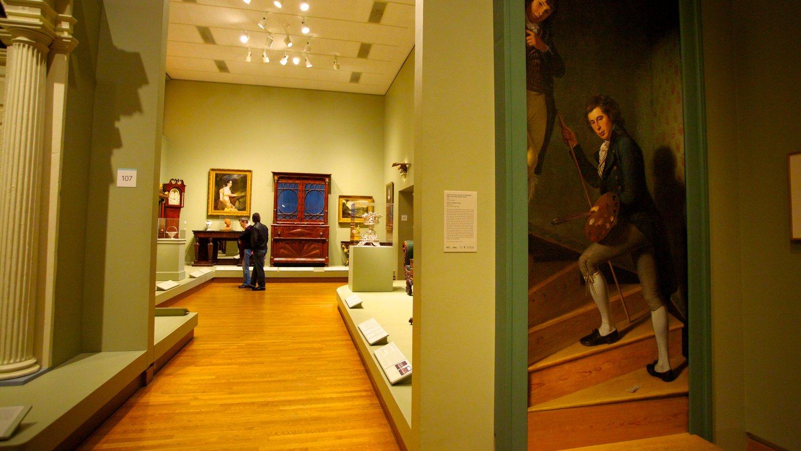 Museu de Arte caracterizando arte, um memorial e vistas internas