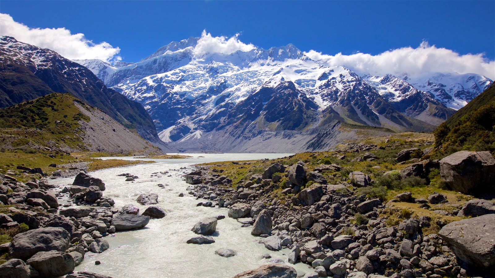 Mount Cook National Park featuring snow, mountains and tranquil scenes