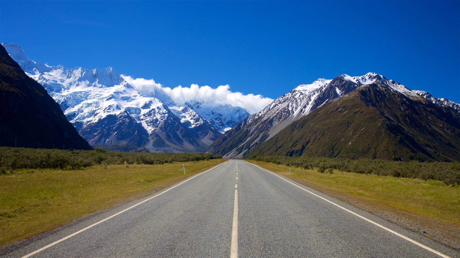 Mount Cook National Park featuring mountains, snow and tranquil scenes