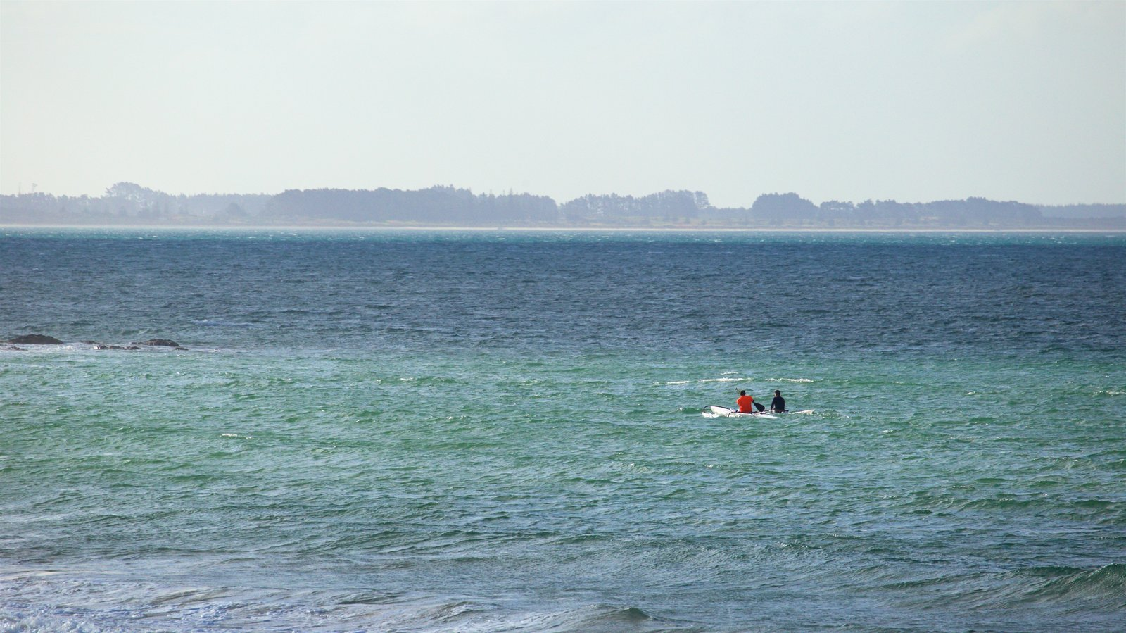 Cable Bay which includes general coastal views and kayaking or canoeing as well as a couple