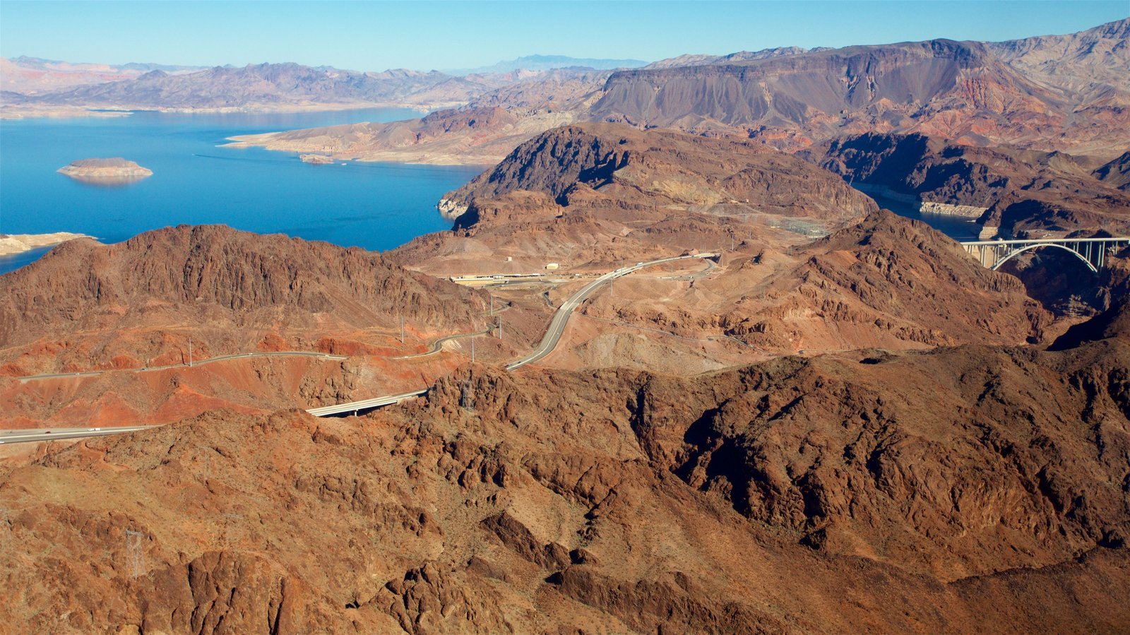 Grand Canyon ofreciendo escenas tranquilas, un barranco o cañón y vistas de paisajes