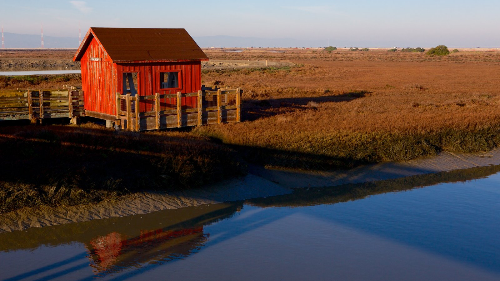 Don Edwards San Francisco Bay National Wildlife Refuge caracterizando paisagem, um rio ou córrego e um pôr do sol
