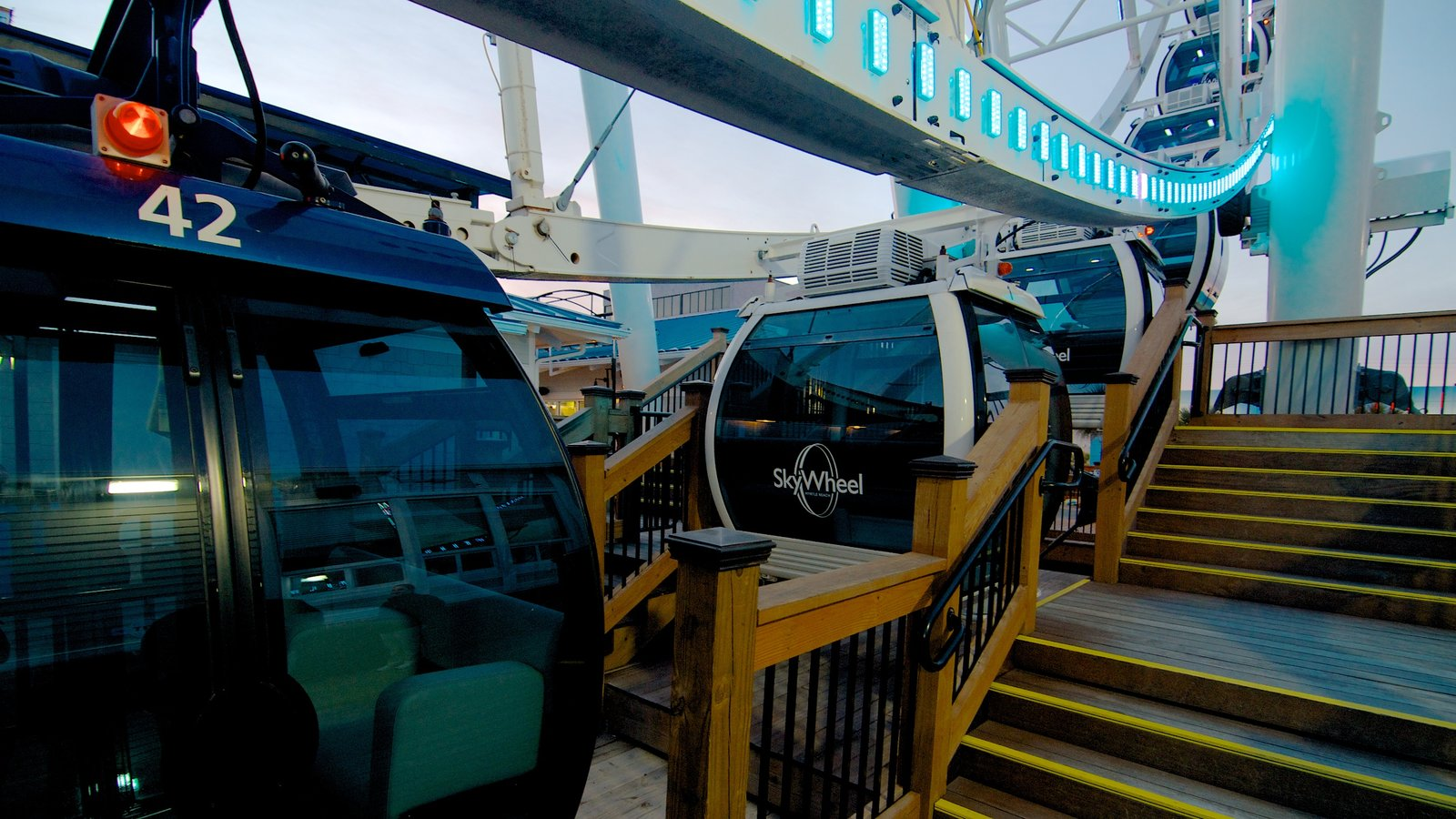Skywheel Myrtle Beach Which Includes A Gondola