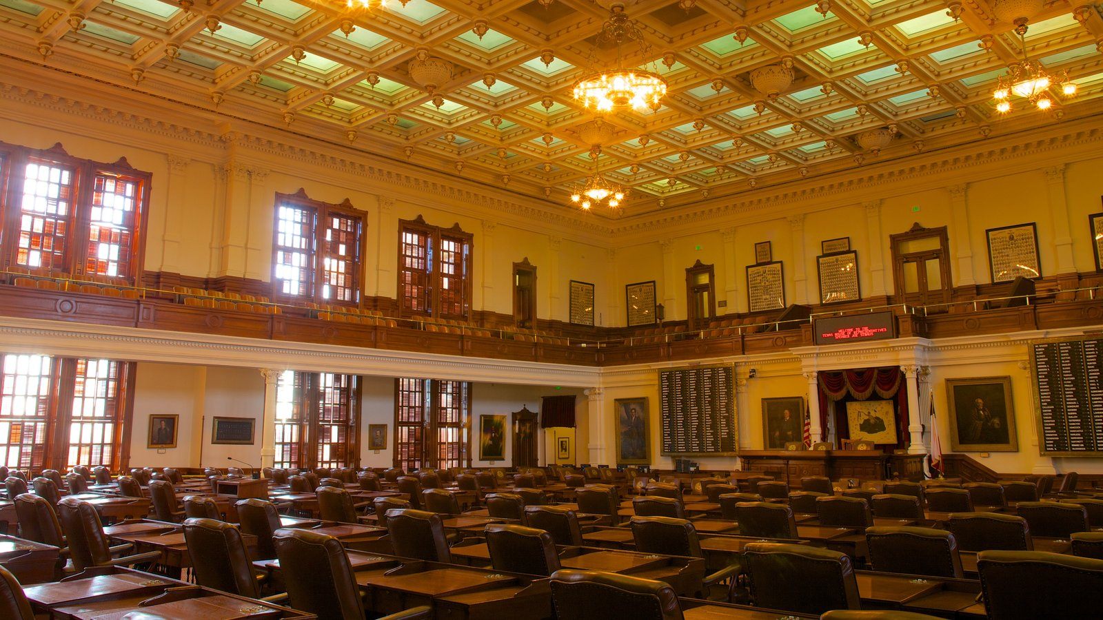 Texas State Capitol which includes heritage architecture, interior views and an administrative buidling