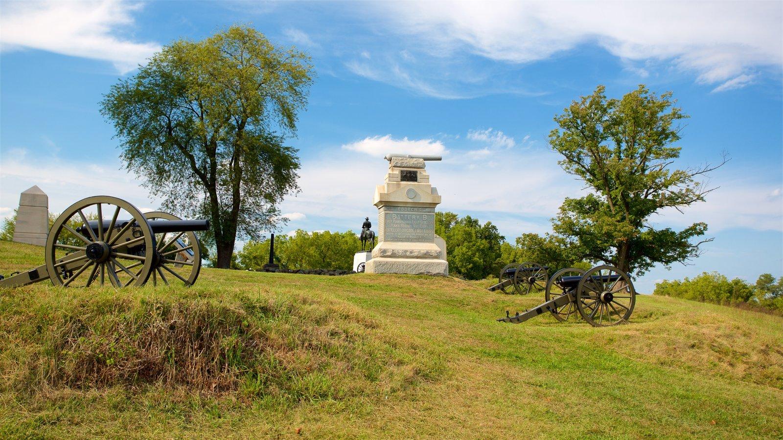 Gettysburg National Military Park caracterizando itens militares, elementos de patrimônio e um parque