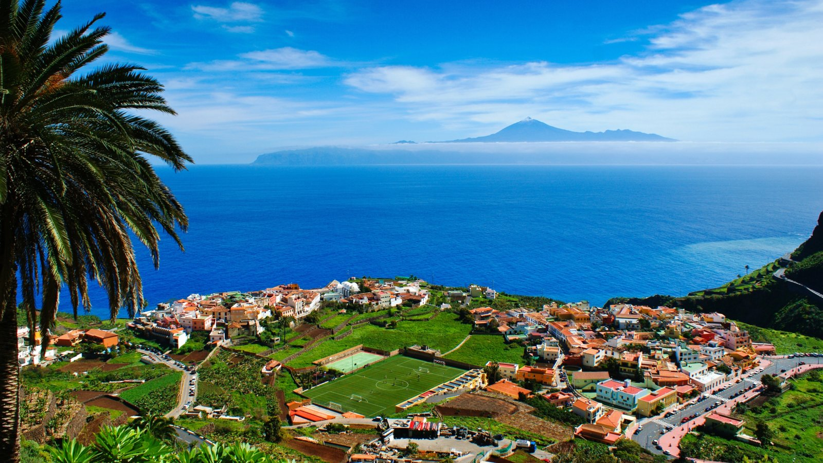 La Gomera which includes general coastal views and a coastal town