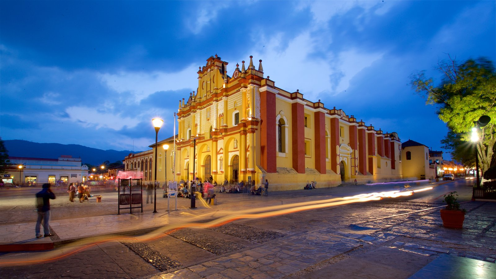 san cristobal de las casas girls B¨o is a luxury boutique hotel whose roots are born in the heart of san cristobal de las casas chiapas, where stands to renew their traditions surrounded by stunning scenery, colonial streets and a world of art, textiles and culture to discover.