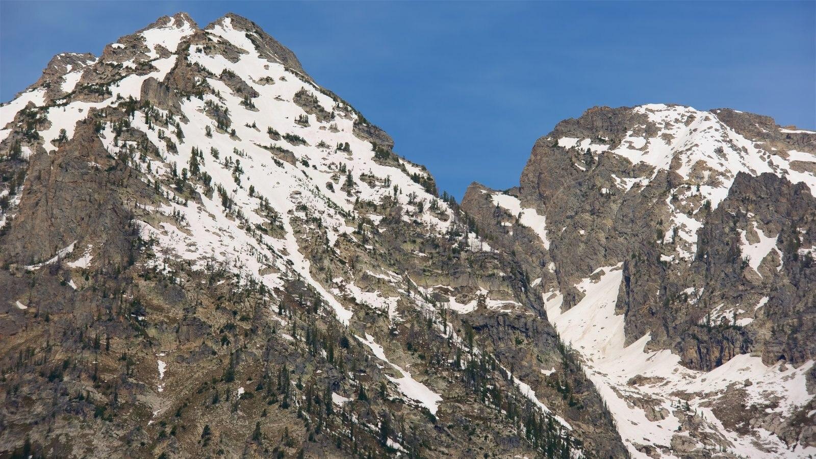 Cañón del lago Cascade ofreciendo nieve y montañas
