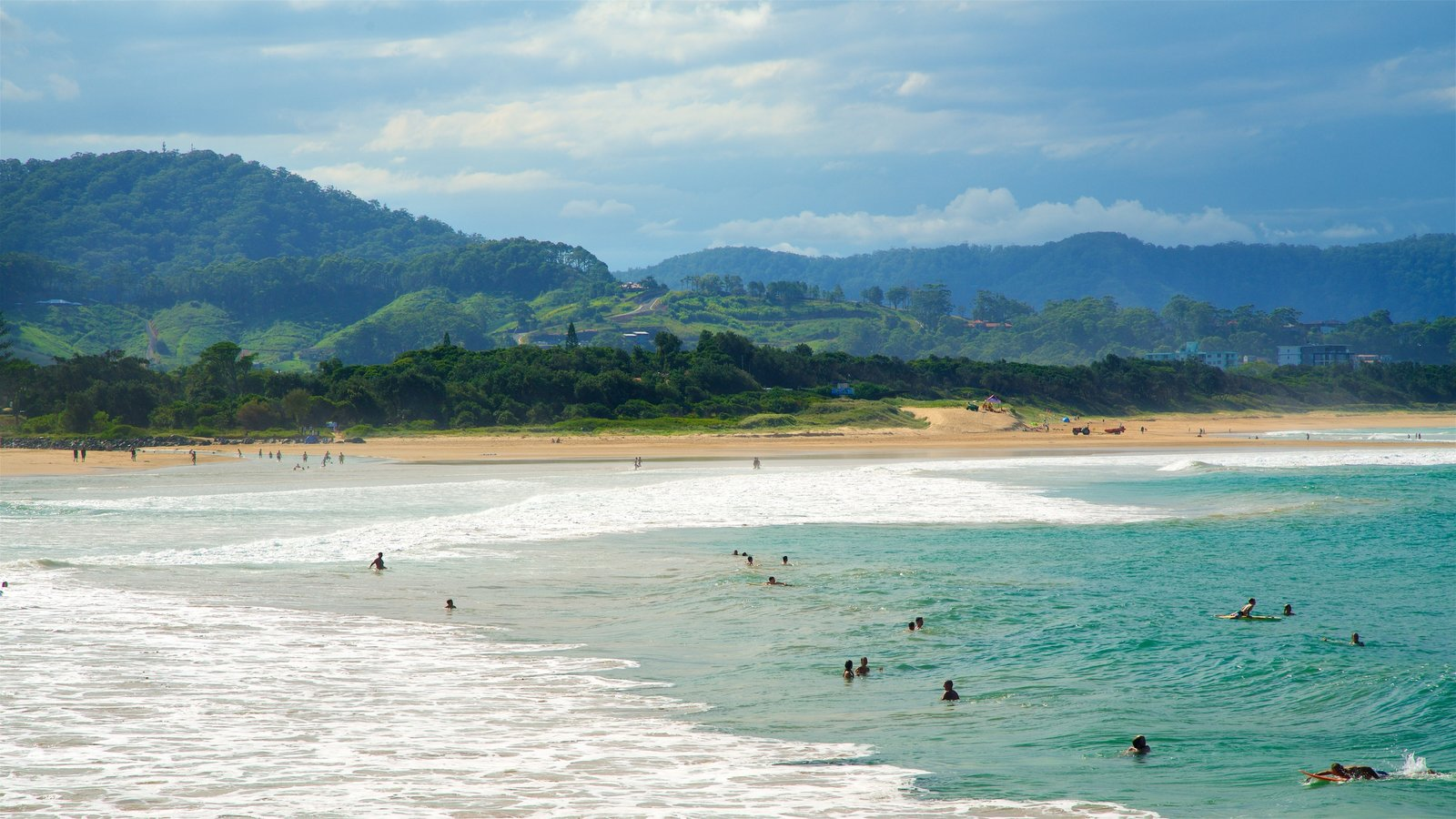 Coffs Harbour which includes surf, general coastal views and swimming