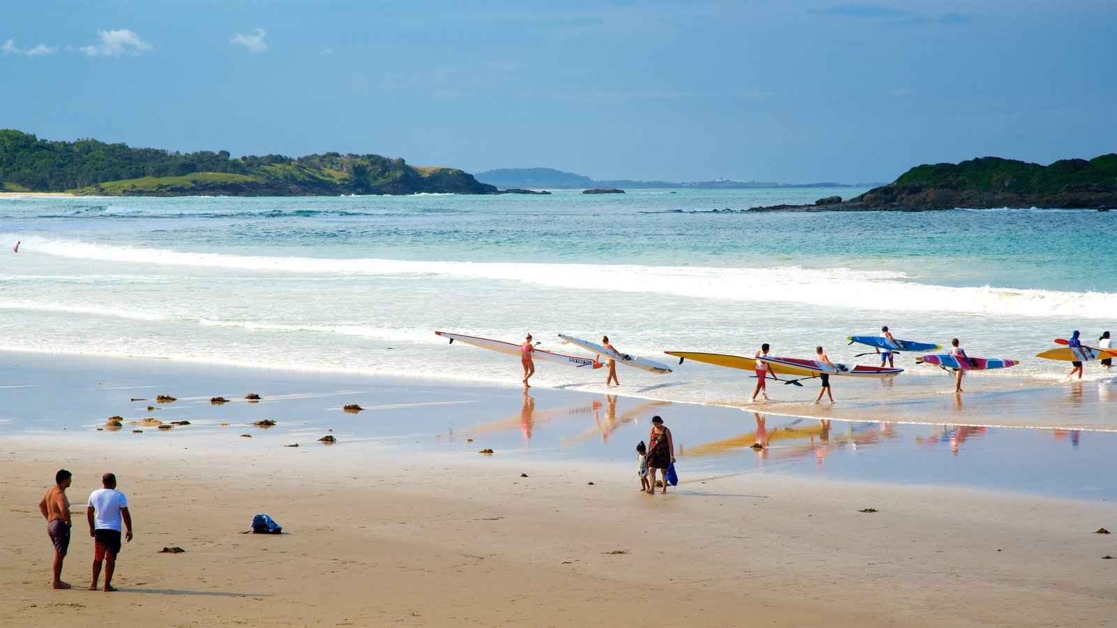 Coffs Harbour which includes kayaking or canoeing, general coastal views and a sandy beach