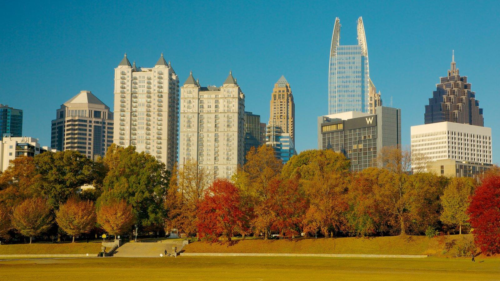 Atlanta mostrando um edifício, linha do horizonte e distrito comercial central