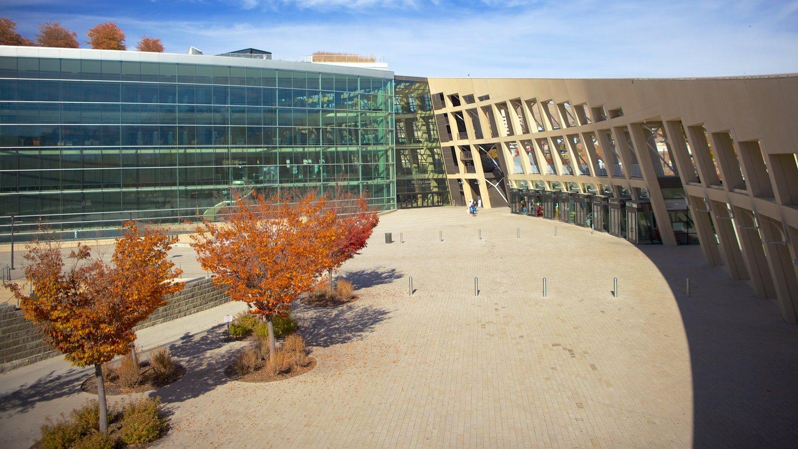 Salt Lake City mostrando uma praça ou plaza, uma cidade e arquitetura moderna