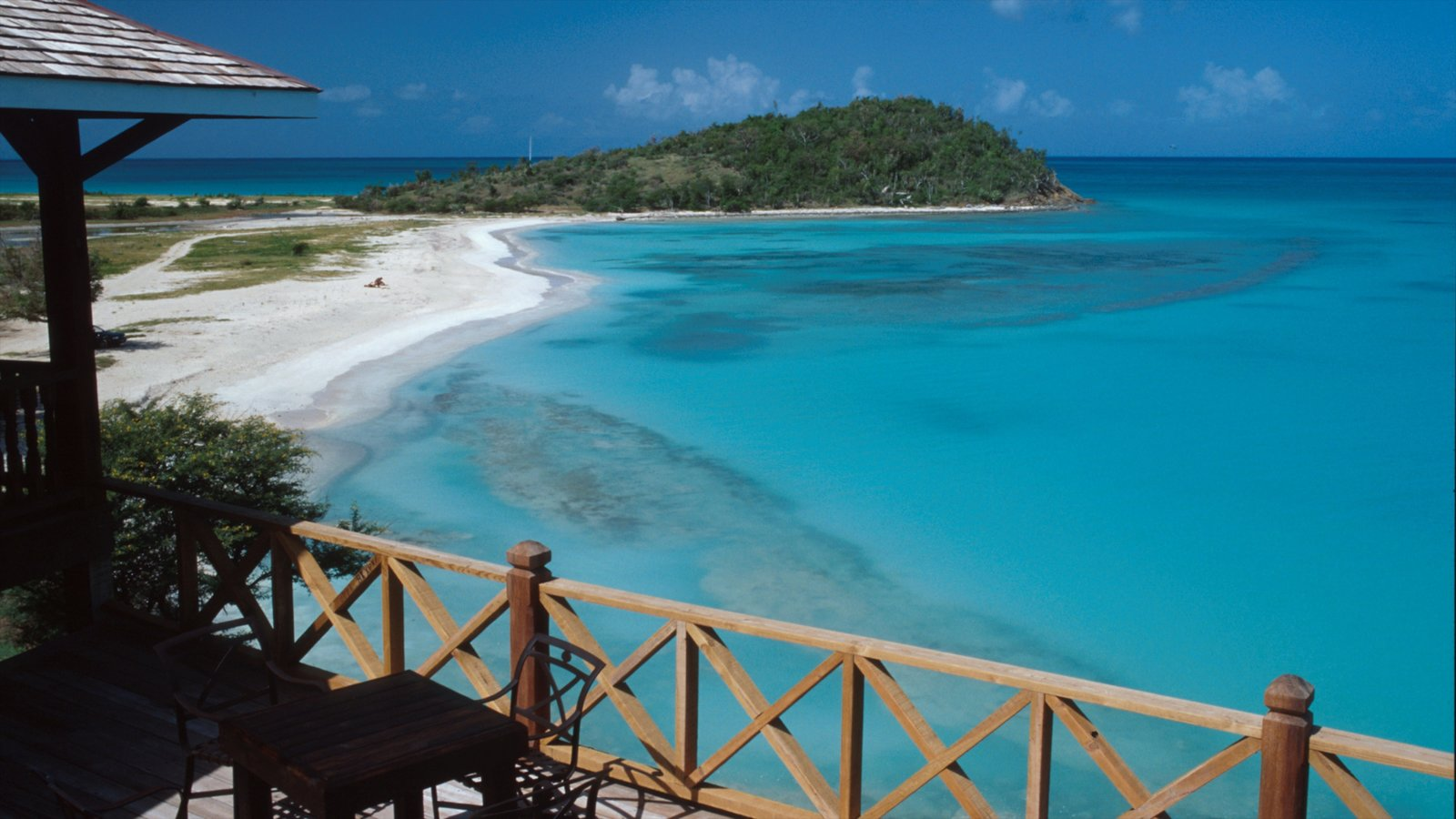 Antigua which includes tropical scenes, general coastal views and island views