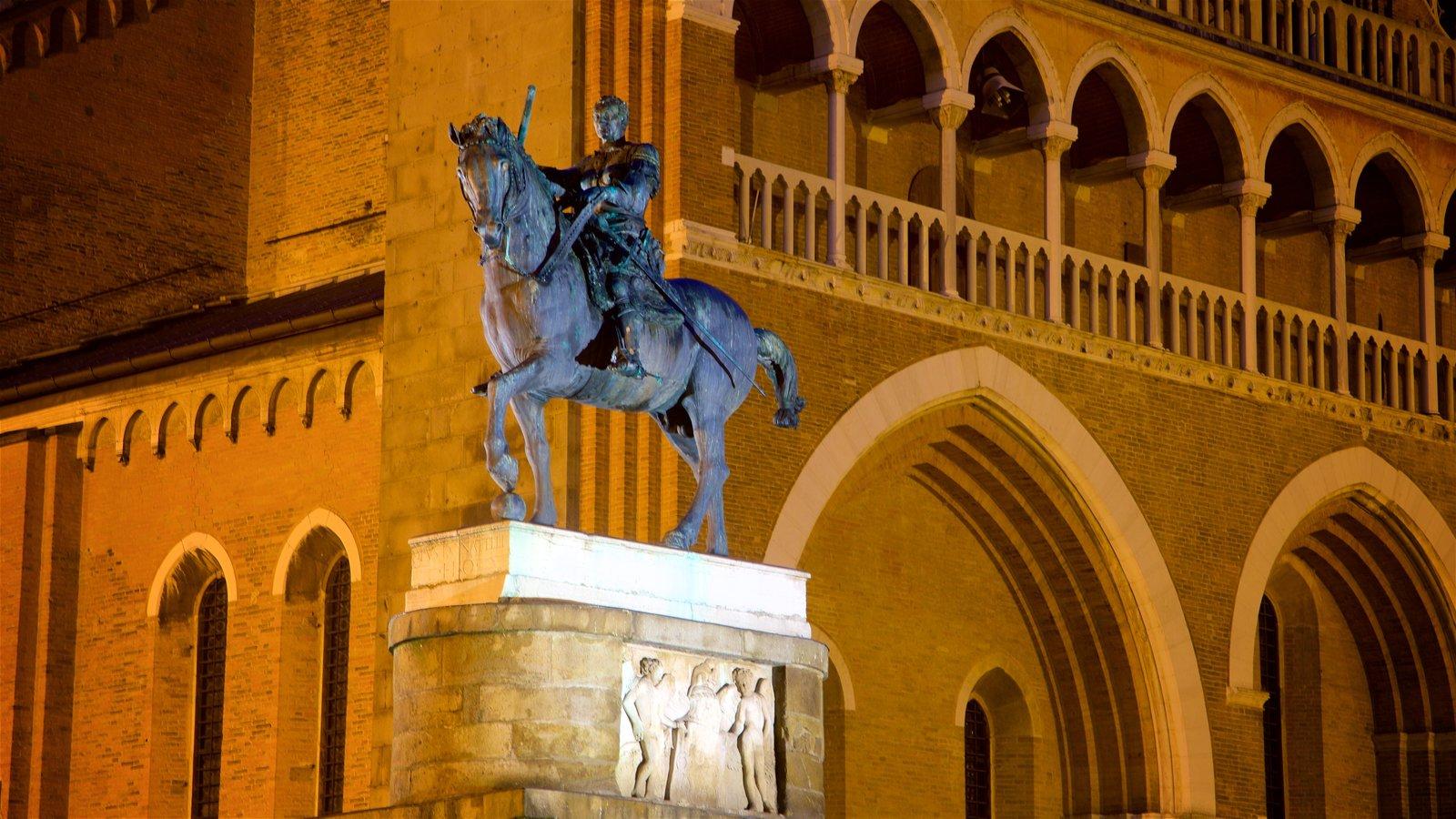 Basilica di Sant\'Antonio da Padova showing heritage elements, a statue or sculpture and night scenes