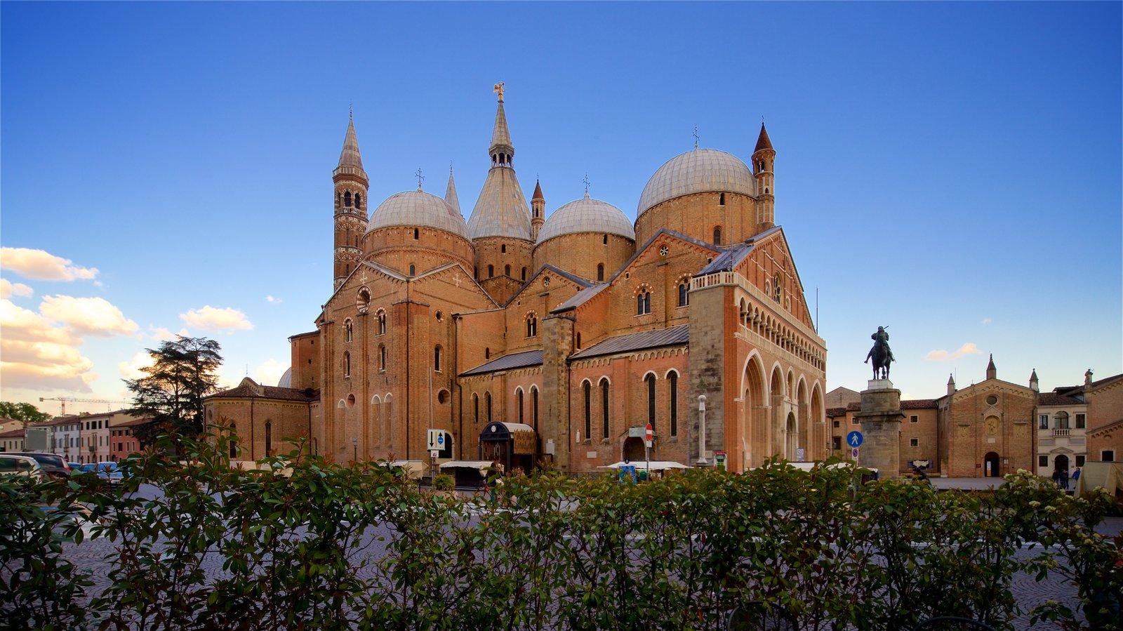 Basilica di Sant\'Antonio da Padova featuring a sunset, a church or cathedral and heritage architecture