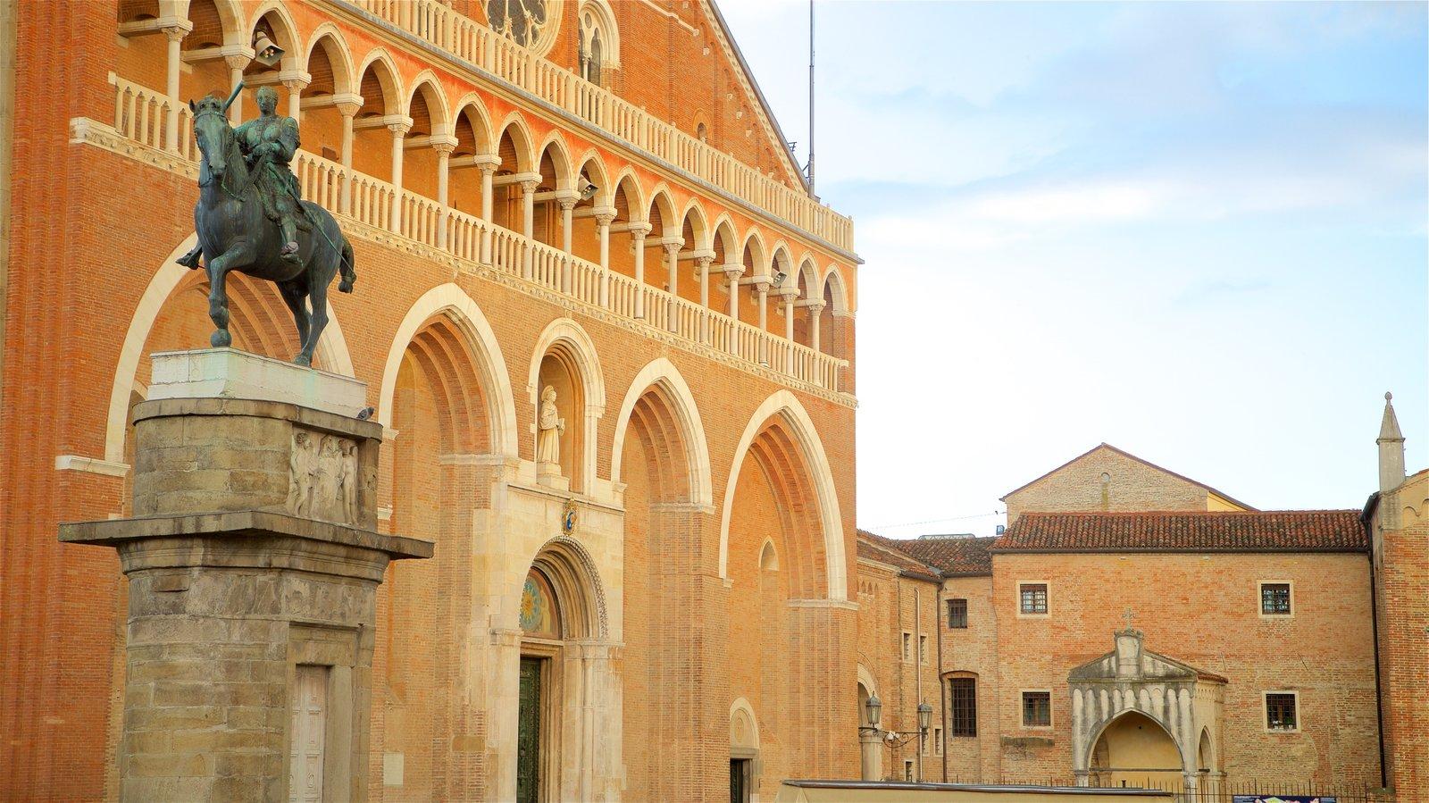 Basilica di Sant\'Antonio da Padova which includes a statue or sculpture and heritage elements
