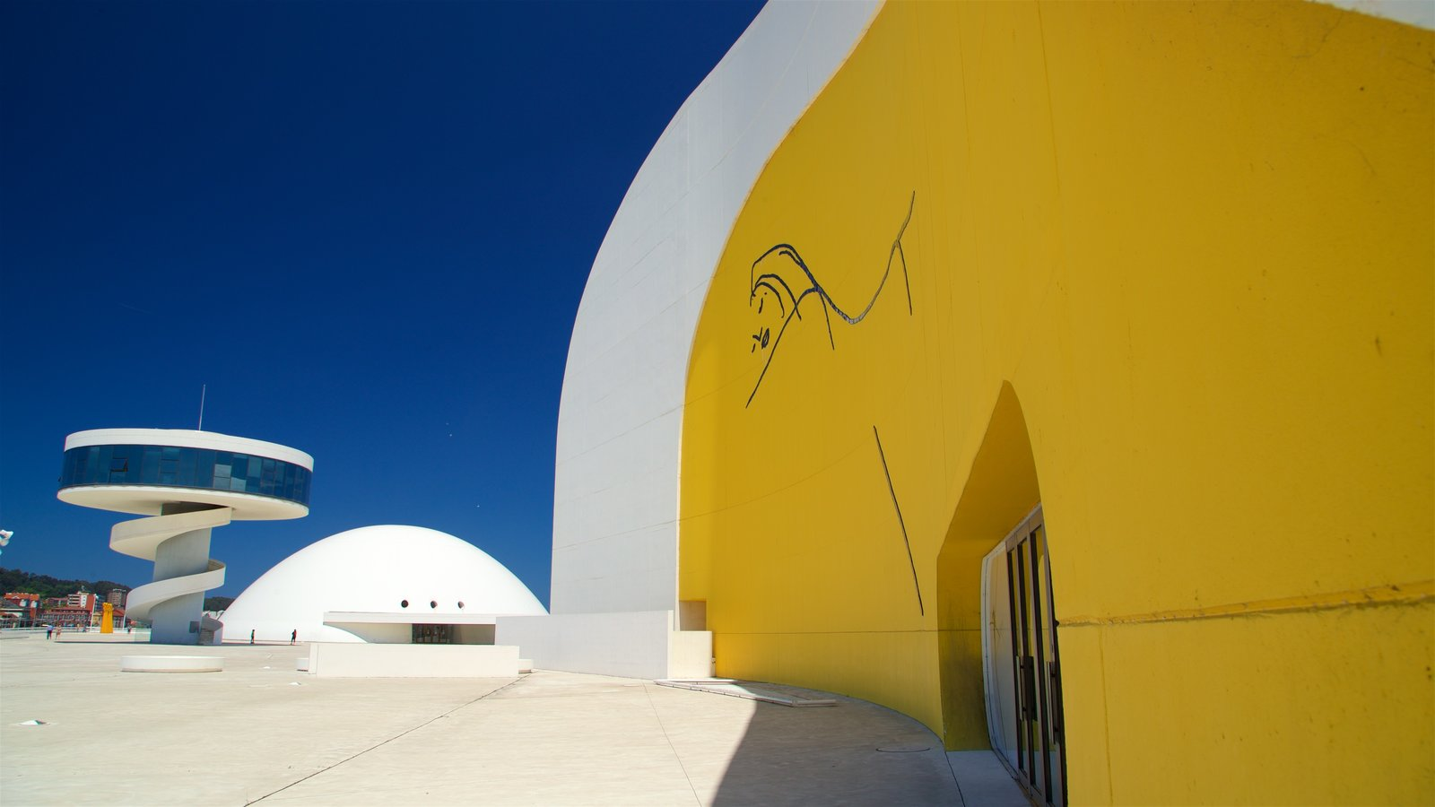 Oscar Niemeyer Cultural Centre featuring outdoor art and modern architecture