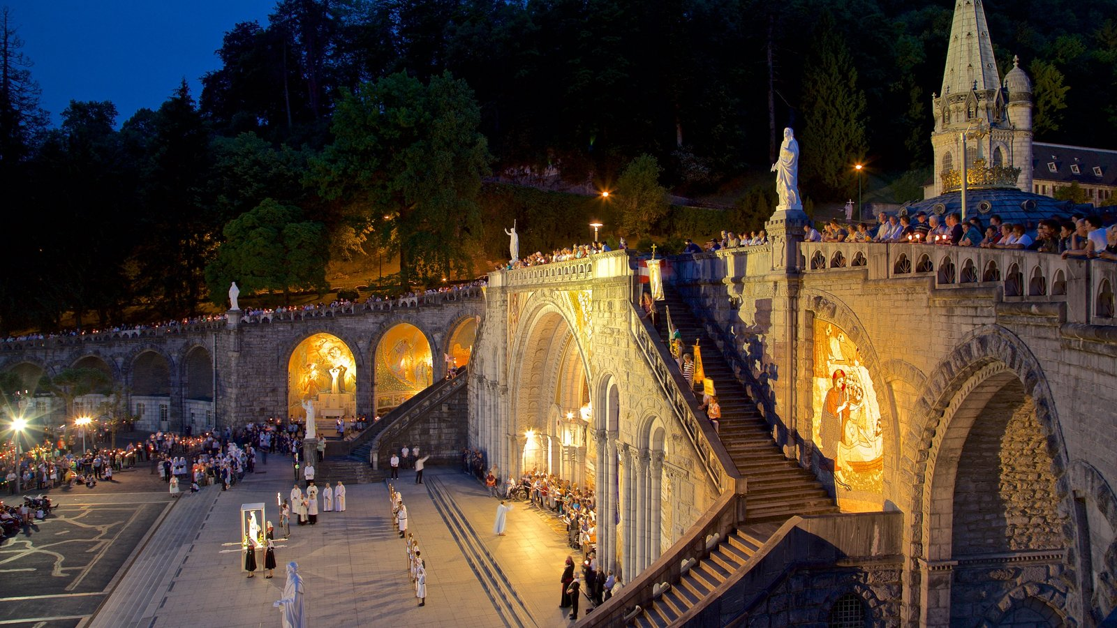Rosary Basilica showing heritage architecture and night scenes as well as a large group of people