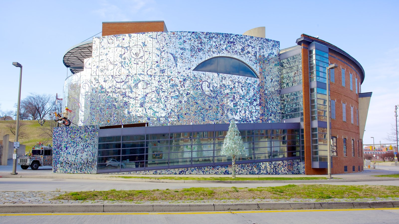 American Visionary Art Museum which includes art and a city